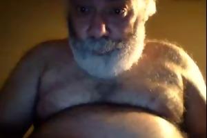 unshaved horny ny dad bear jerks off on webcam