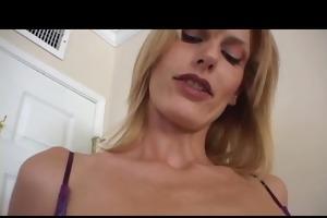 tattooed cougar darryl hannah pov oral sex and