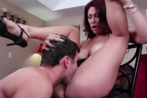 breasty mother i tiffany mynx taking a large cock