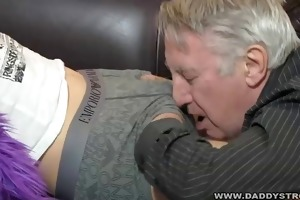 engulfing daddy off