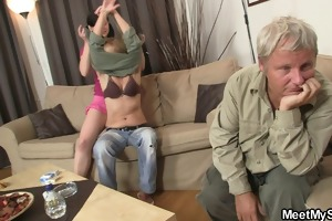 his mamma toying whilst dad fucking his gf