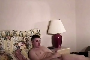 mature bear likes sucking young cock
