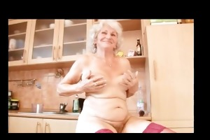 betty old dildo by troc