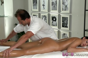 love creampie youthful beauty gets oil massage