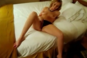 sexy amateur housewifes