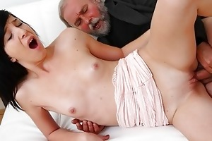 alisa acquires to learn how top suck wang