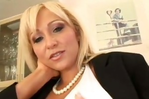 golden-haired milf acquires a creamy load -