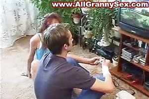 russian older mother fucked by her bf