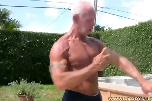 muscle dad jerking in hot tub