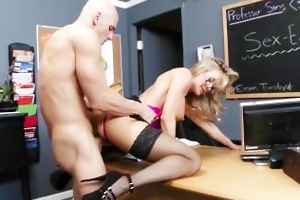 school principal brandi love gives school teacher