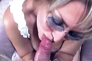 granny in glasses acquire blowjob