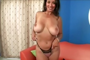 cougar and daughter show tits and fur pie