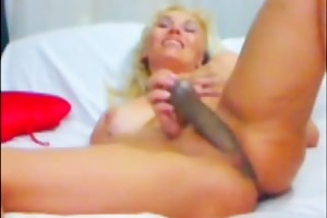 blonde mother i pounding her pussy with a sextoy