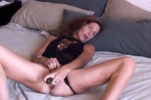 mature dilettante likes it anal