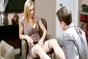 milfs passion to pantyhose