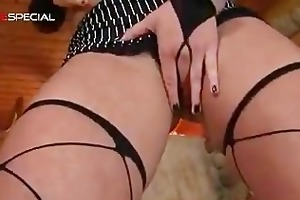 outstanding pierced pussy milf sucking part3