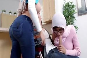 arab mamma and daughter sex julianna vega, mia