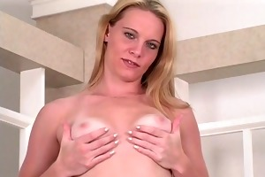 sexy youthful blonde spreads her tight arse