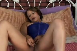 beautiful black d like to fuck has a fat wet
