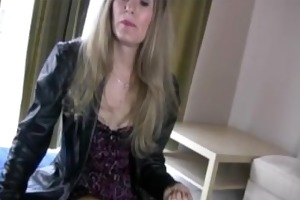 golden-haired mature lady jerking