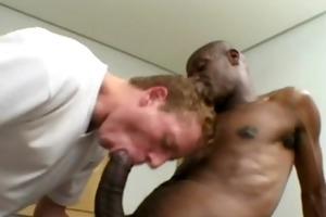 mandingo se folla a jovencito blanco