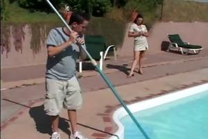 mother i seduces the pool boy - cireman
