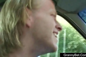 old granny fucked in the car