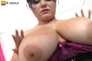 big breasted pretty mother in the shower