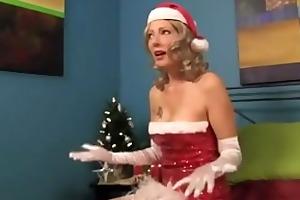 slutty holiday stepmom seduces me. zoey holloway