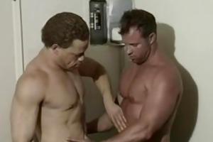 large pounder men