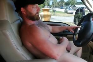 muscle bear daddy cumming in truck