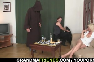 great threesome with hawt aged blonde