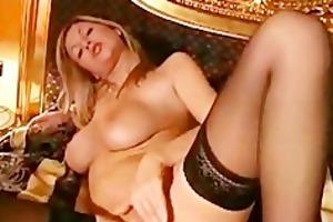 hawt blonde masturbation