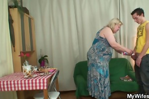 wife comes in when her mama rides my cock