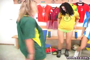 sporty 19 year old lesbian girls undressing in the