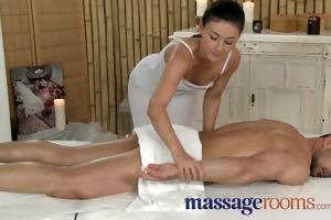 massage rooms lascivious young masseuse bonks big