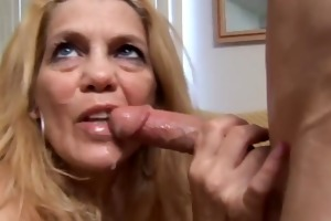 beautiful mature golden-haired t live without to