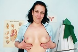 mature mama got curly pussy and uniform