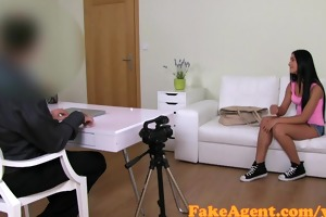 fakeagent 18 year old babe screwed hard in casting