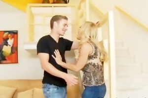 golden-haired d like to fuck loves guys to lick