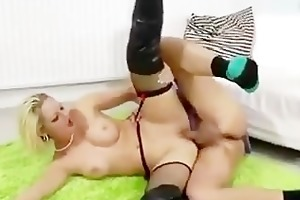 older guy and younger babe fuck and ejaculation