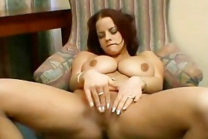 busty mother i plays with vagina
