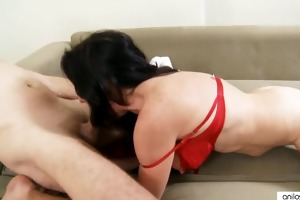 slutty amateur cougar engulfing